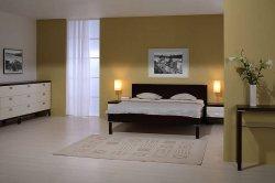 PORTE bedroom